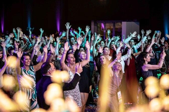 Hochzeits Party_ DJ Hochzeit_ Düsseldorf_ Hochzeits DJ_ Köln_ Hochzeits Musik_ Essen_ Hochzeitsfeier Bonn_ Live Band für Hochzeit_ NRW